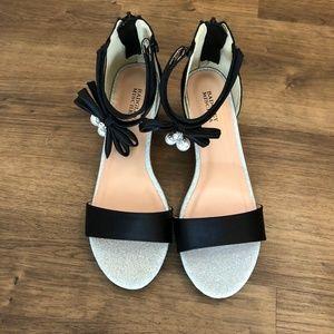 Badgley Mischka Pernia Pearl Bow Heels
